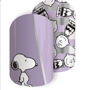 Jamberry Makeup - Peanuts Exclusive Jamberry Wrap